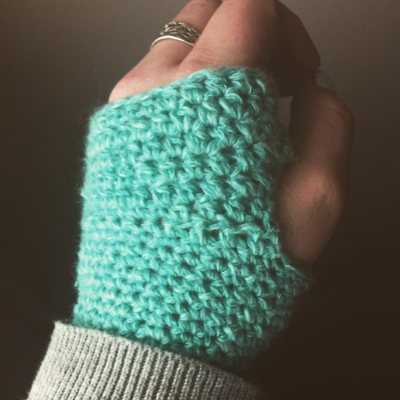 Fingerless Gloves - Free Pattern - Rural Rebellion